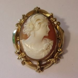 Jewelry - Vtg Gold Filled Shell Cameo Brooch Pendant